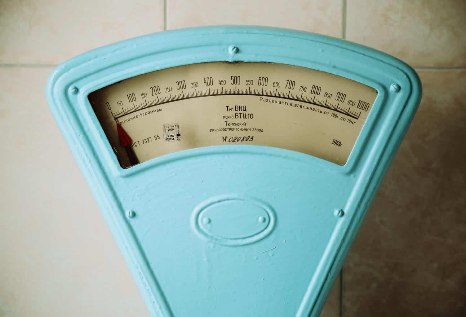Keukenmachine met weegschaal
